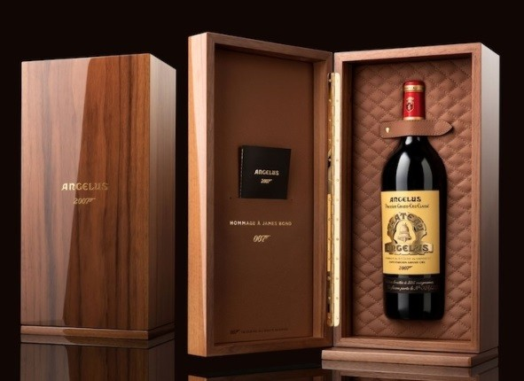 "Chateau Angelus Coffret ,, James Bond"" 2007, Saint Émilion"